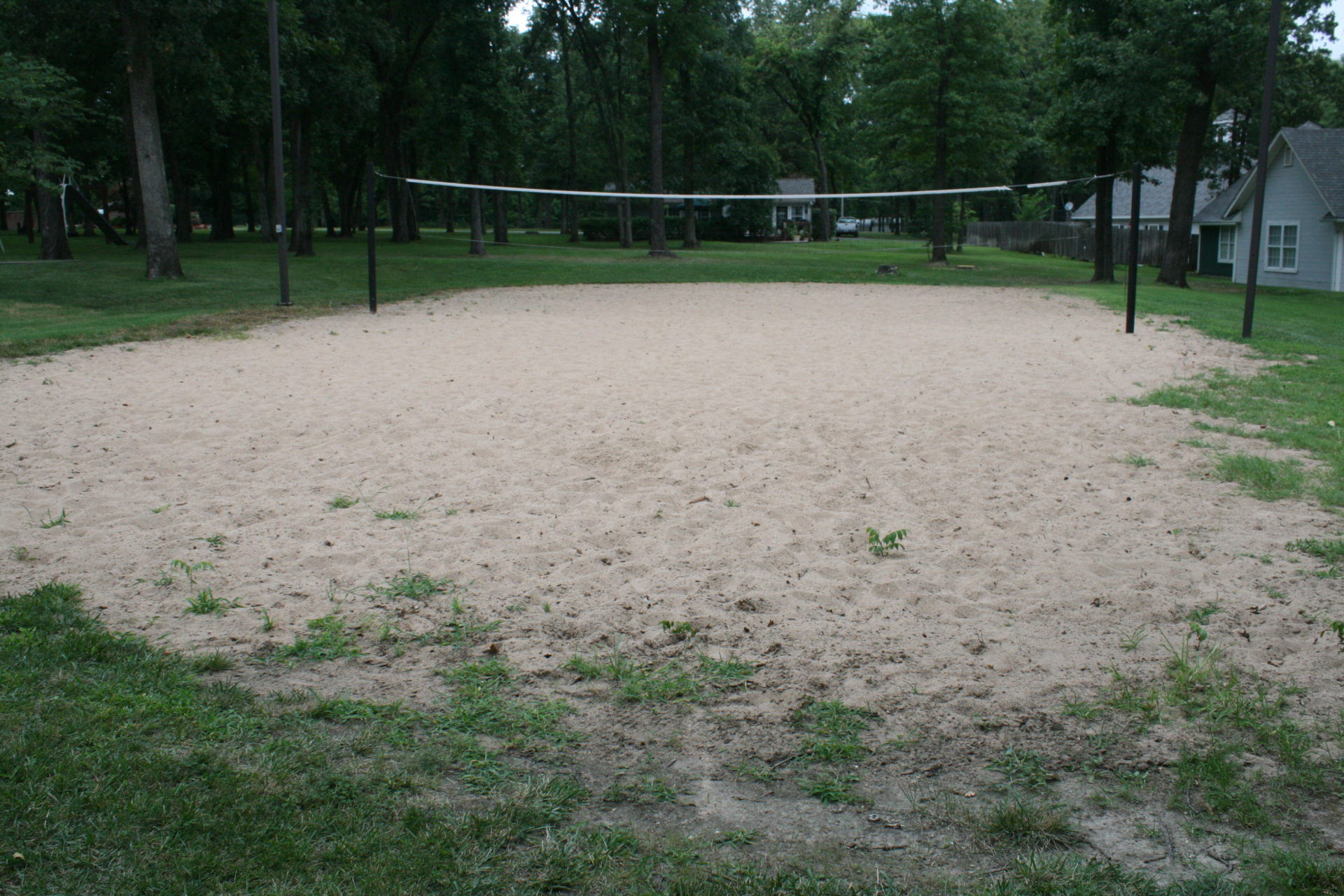 Backyard Sand Volleyball Court : Backyard Sand Volleyball Court Dimensions By this volleyball court